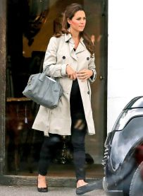 Kate middleton casual style outfit 57